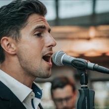 Unser Sänger David am Mirko