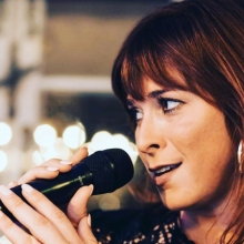 Sängerin Janine Hoffmann von Entprima Live