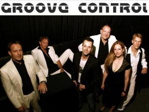 Groove Control Eventpeppers Party Band Show