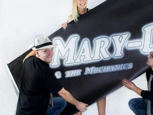 Mary-D & The Mechanics - Hochzeitsband, Galaband, Partyband, Coverband