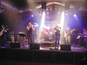 First Flash spielt Club / Disco, Firmenjubiläum / Betriebsfeier, Geburtstag, Konzert, Open Air / Festival, Stadtfest, Vereinsfest und Volksfest / Zeltparty