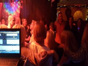 DJ Werner Mobile Discothek spielt Firmenjubiläum / Betriebsfeier, Sommerfest, Geburtstag, Hochzeit, Club / Disco, Stadtfest, Trauung, Vereinsfest und Weihnachtsfeier