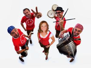 Daily News spielt Hochzeit, Firmenjubiläum / Betriebsfeier, Tanzball / Gala, Faschingsball, Sommerfest und Volksfest / Zeltparty