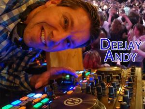 Deejay Andy (der Foto-DJ) spielt Club / Disco, Faschingsball, Firmenjubiläum / Betriebsfeier, Geburtstag, Hochzeit, Open Air / Festival, Polterabend, Sommerfest, Stadtfest, Tanzball / Gala, Taufe, Trauerfeier, Trauung, Vereinsfest, Volksfest / Zeltparty und Weihnachtsfeier