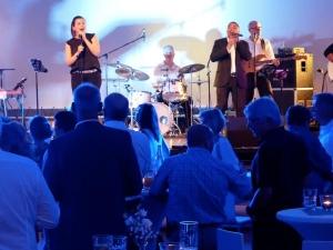 Blue Bay Music  spielt Firmenjubiläum / Betriebsfeier