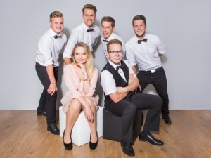 Band WARNING spielt Club / Disco
