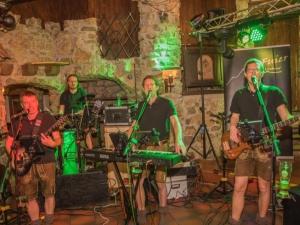Alpfuier -Live Band spielt Faschingsball, Firmenjubiläum / Betriebsfeier, Geburtstag, Hochzeit, Polterabend, Sommerfest, Stadtfest, Vereinsfest und Volksfest / Zeltparty