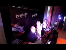 Embedded thumbnail for Hochzeitsband Prestige